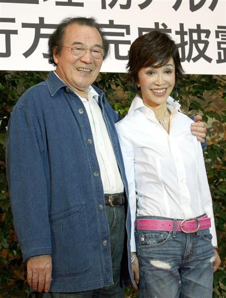 愛川欽也さん死去 最期まで「仕事に行こう」…肺がん闘病、本人の希望で ...