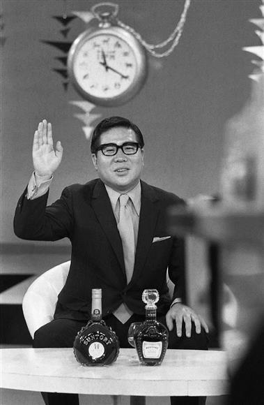タレントの大橋巨泉さん死去 82...
