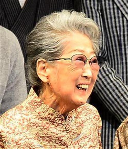 青木玲子さん、心不全で死去 83...