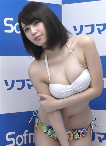 DVD「天使のヒップ」の発売記念イベントに登場した今野ゆい=東京・外神田