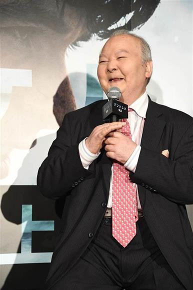 米映画「ダンケルク」の大ヒット記念イベントに出席した加藤一二三=東京・虎ノ門