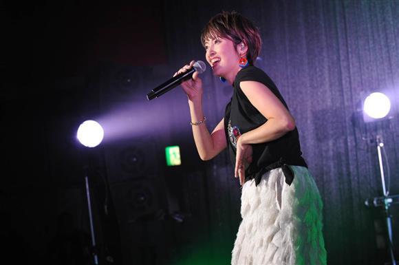 荻野目洋子の画像 p1_14