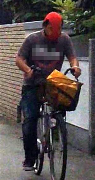 昨年からJR尼崎駅近郊で、顔一面を女性用パンツで覆い、自転車で住宅街を疾走する通称「パンツ仮面」が出没。警察に「気持ち悪い」との通報が殺到した。住人女性が警察に持ち込むため、勇気を振り絞って撮影した。