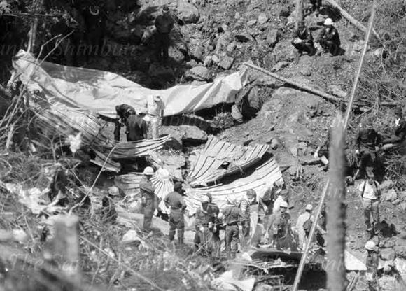 日航 機 墜落 事故 自衛隊