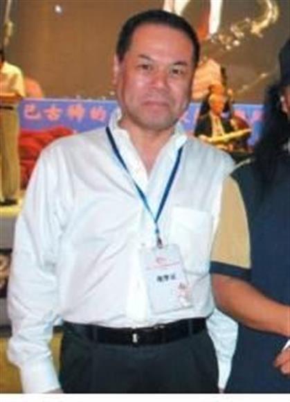 騒動の渦中にあるはれのひ・篠崎洋一郎社長(中国のブライダル情報サイトから)