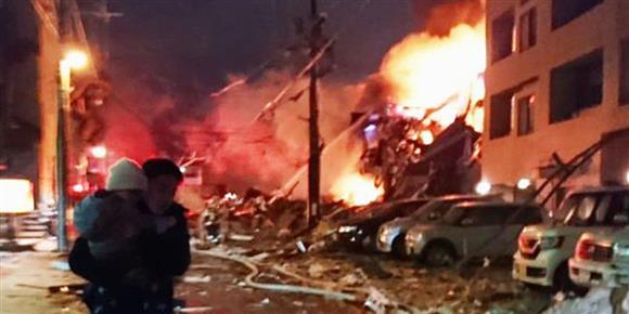 札幌で飲食店爆発、負傷二十数人:イザ!