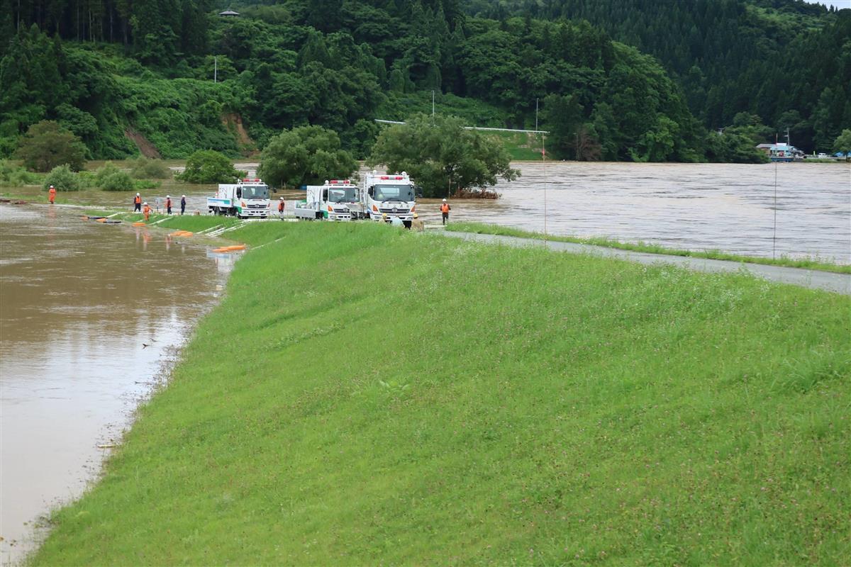 最 上川 氾濫 山形 最上川氾濫で現在の水位や道路交通情報をライブカメラで確認!(2020年)