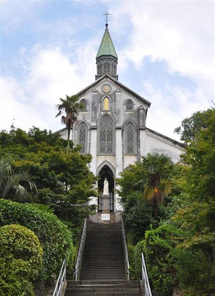 2016年の世界文化遺産の登録候補は「長崎の教会群とキリスト教関連遺産」。文化庁は今年1月、正式な推薦書をユネスコ本部に提出。9月にもユネスコ諮問機関の現地調査を受け、来年6月下旬ごろの世界遺産委員会で登録の可否が決まる見通し。