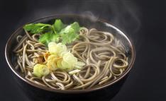 何がツボ? 外国人に人気の意外な「日本の味」