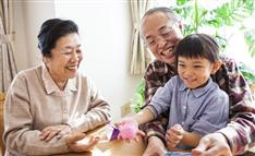子育て世代の「孫ターン」増加、なぜ? 「地方回帰」が様変わり