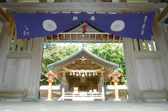 「宗像・沖ノ島と関連遺産群」を構成する宗像大社中津宮(なかつぐう)