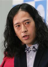 又吉さんの新作掲載の「新潮」、異例の4万部スタート