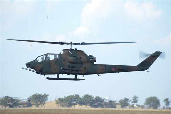 AH1S対戦車ヘリコプター=2月25日、千葉県木更津市