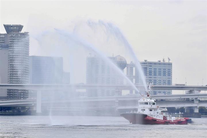 国内初のタグボート型消防艇「おおえど」導入 東京消防庁:イザ!