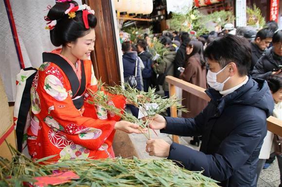商売繁盛の1年に 恵美須神社「十日ゑびす大祭」 京都:イザ!