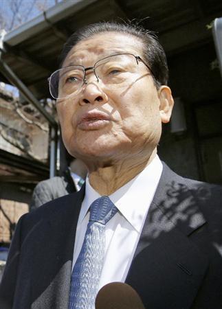 次フォト 朝鮮総連トップ宅捜索 「何も押収されていない」総連議長が捜索状況を説明:...