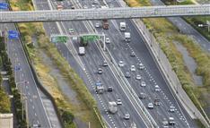 10万人の労働力を損失!全国高速道路「渋滞ワースト」区間は?