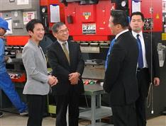 民進・蓮舫代表「原発ゼロ」前倒し 党大会での年限明示を断念 連合と調整難航