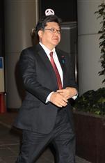 英EU離脱 萩生田光一官房副長官、日本企業支援など関係省庁に指示