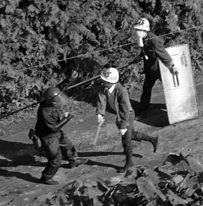 成田空港反対闘争、煽って逃げた社会党 小川国彦元衆院議員死去に思う:イザ!