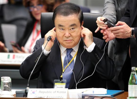 徴用工問題、韓国国会議長の法案に「コメントは控える」:イザ!