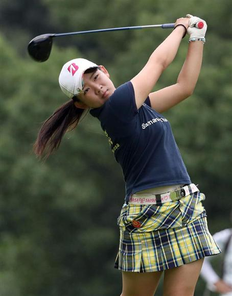 サマンサ タバサ 女子 ゴルフ