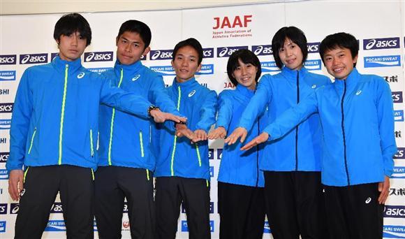 世界陸上のマラソン代表が記者会見を開いた。会見前には、瀬古リーダーから日本マラソンの復活を託された(撮影・今野顕)