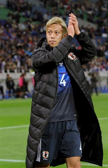 W杯最終予選のタイ戦で本田はベンチスタートだった