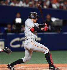 巨人D5・田中俊、逆転の2点三塁...