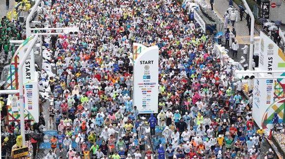 東京 マラソン 中国 人