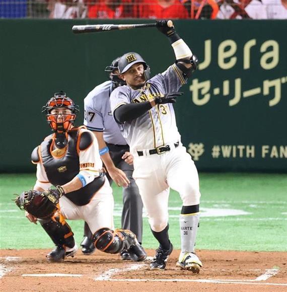 四回に菅野から中前打など3安打を放ったマルテ=東京ドーム(撮影・中井誠)