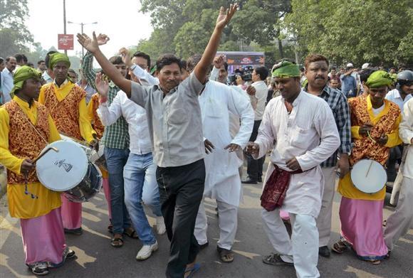 インド・ビハール州議会選でモデ...