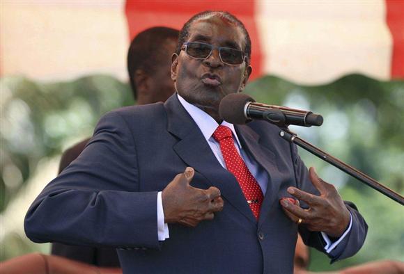 ジンバブエのムガベ大統領(ロイター) ジンバブエ大統領、ダイヤ生産の国有化宣言:イザ! ジンバブ