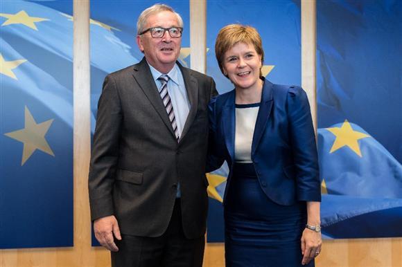 英EU離脱 スコットランド首相、E...