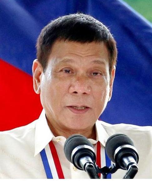 """フィリピン""""ダーティハリー大統領""""就任後、現場での容疑者殺害1000人超:イザ!サイトナビゲーションPRフィリピン""""ダーティハリー大統領""""就任後、現場での容疑者殺害1000人超フィリピンのドゥテルテ大統領(ロイター)PR産経ネットショップPRPRトレンドizaアクセスランキングピックアップizaスペシャルPRPR得ダネ情報PR"""