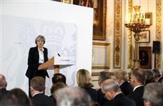 英、EU「強硬離脱」 メイ首相が演説、単一市場から撤退