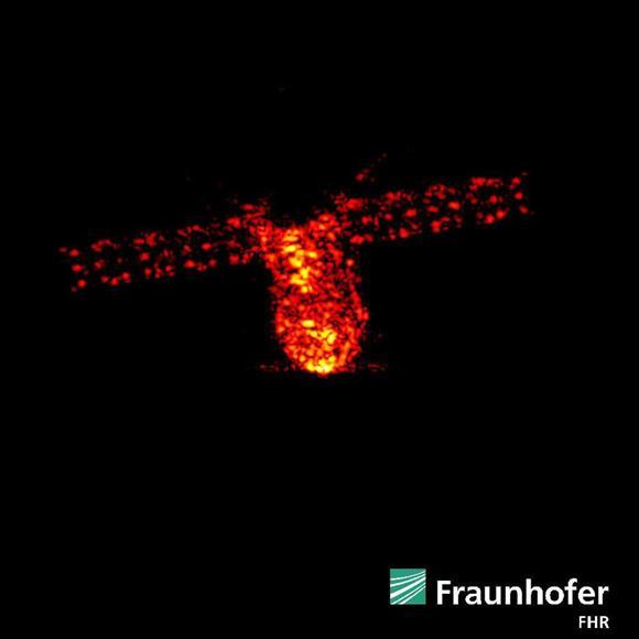中国の無人宇宙実験室、南太平洋上で大気圏突入:イザ!サイトナビゲーションPR中国の無人宇宙実験室、南太平洋上で大気圏突入ドイツにあるレーダー施設で1日、高度約160キロを飛行する天宮1号を捉えた画像(フラウンホーファー高周波物理・レーダー技術研究所のツイッターから)PRPRPRトレンドizaアクセスランキングピックアップizaスペシャルPRPR得ダネ情報PR