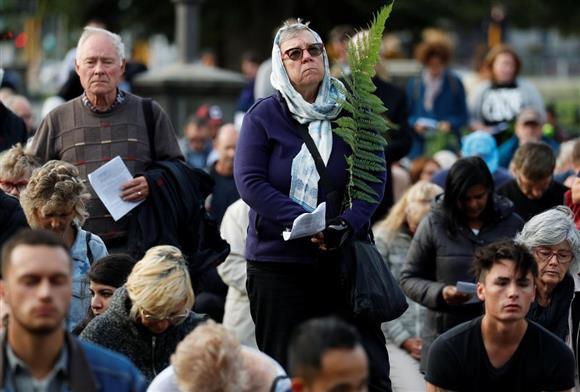 ニュージーランド 銃乱射 Gallery: NZ乱射1週間 アーダン首相、「半自動小銃禁止」法案準備:イザ!